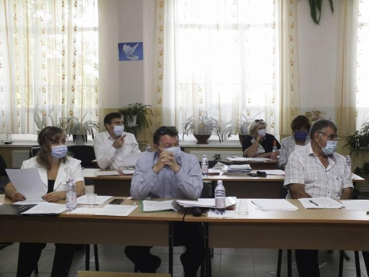 Consiliul comunei Stăuceni s-a întrunit în ședință în incinta Casei de Cultură din Goianul Nou
