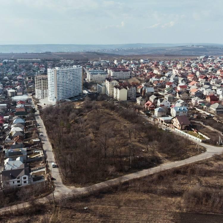 """ANUNȚ DE PARTICIPARE la procedura de achiziție publică a serviciilor de elaborare a documentației tehnice pentru proiectul """"Amenajarea parcului multifuncțional – Parcul Unirii"""""""
